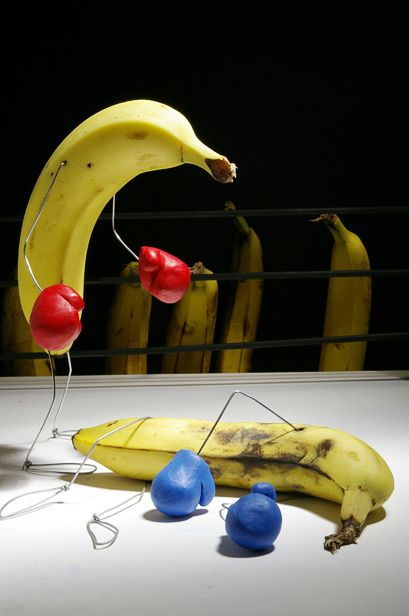 bent object art banana knockout